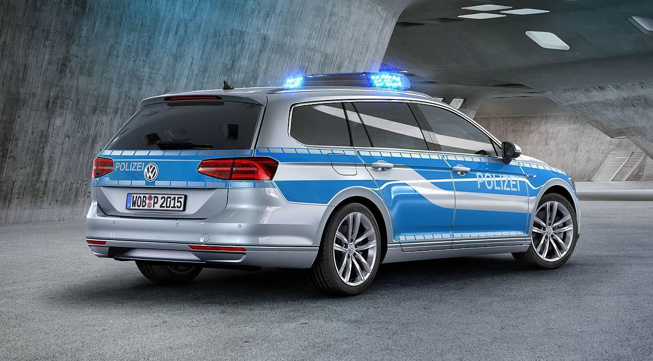 德國黑爾戈蘭島警察  再獲《VW Passat GTE》當警車