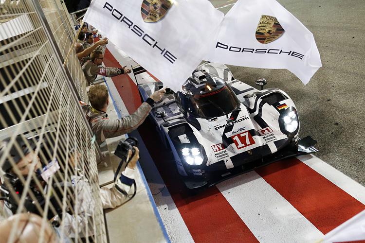 《Porsche 718》車系2016年重返  Porsche 2015年回顧影片大賣關子