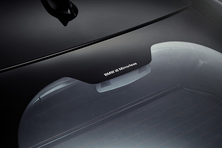 再會吧後照鏡!《BMW》最快2019年將數位後視鏡導入量產