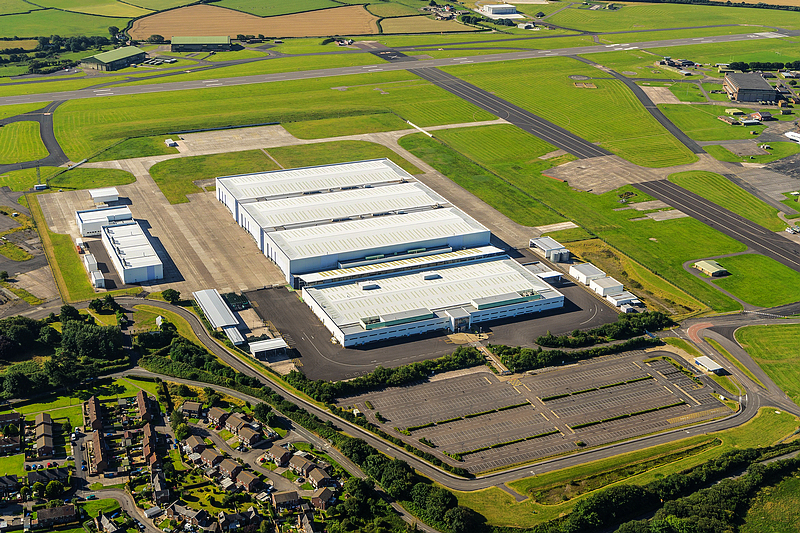《Aston Martin》首款跨界車型《DBX》確認留在英國生產  預計2020年問世!