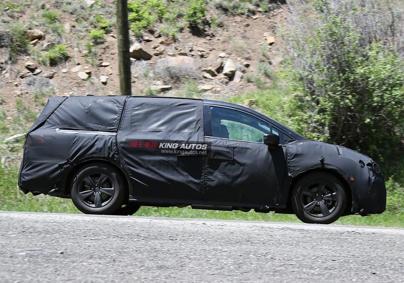 九速自排變速箱上身 《Honda Odyssey》美規偽裝測試車曝光