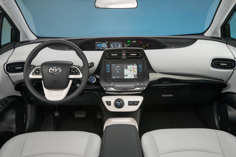 駐車系統藏失效風險 《Toyota》在美召回逾9萬輛《Prius》