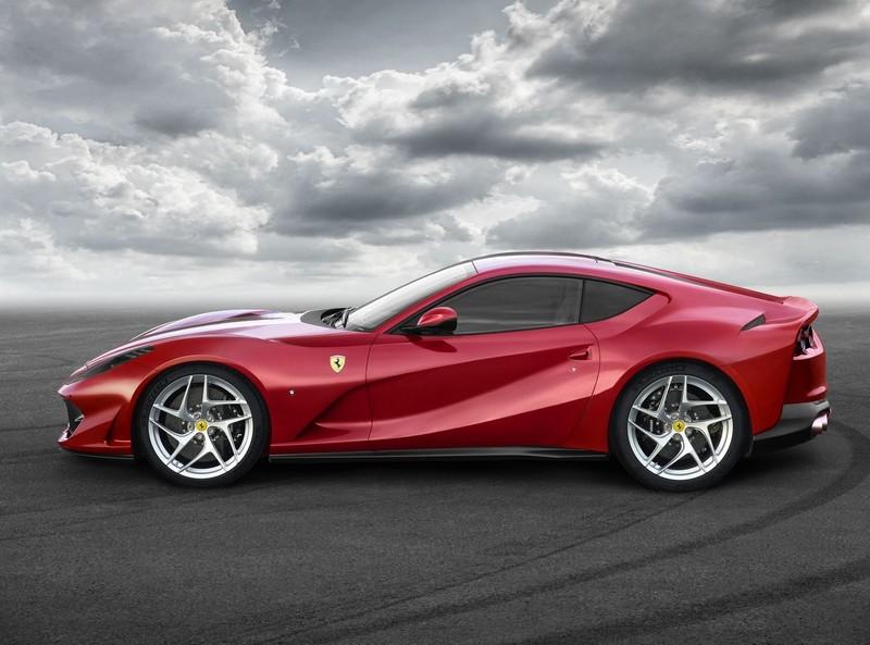 無堅不破,唯快不破! 旗艦繼任者《Ferrari 812 Superfast》預告日內瓦登場