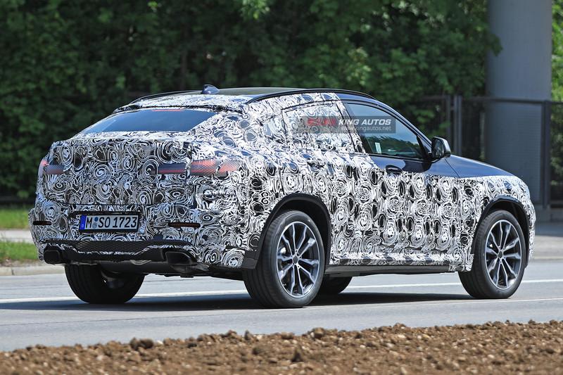 新世代《BMW X3 & X4》輕偽裝同場現身 《X3》最快下個月發表