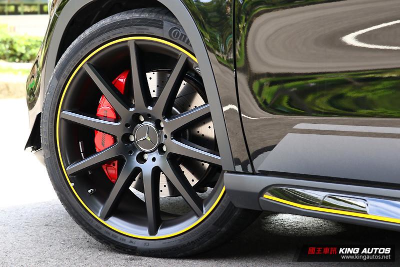 以掠奪目光為先 ─《Mercedes-AMG GLA 45 Yellow Night Edition》就對年輕人的味!