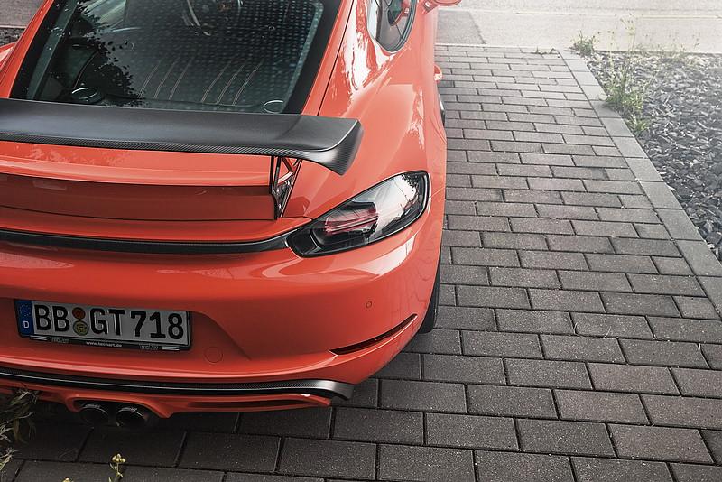 增添碳纖維元素 TechArt再為《Porsche 718 Cayman》推出Carbon Sport Package升級套件