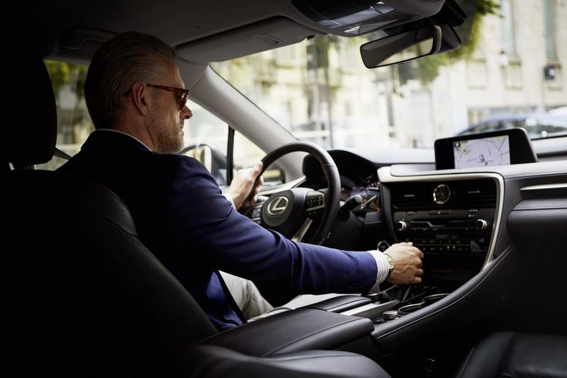 《Lexus RX》運動化Sport車型預告2018年2月歐洲登場