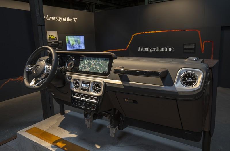 大平板內裝持續共用《Mercedes-Benz G-Class》新世代車型內裝照公布