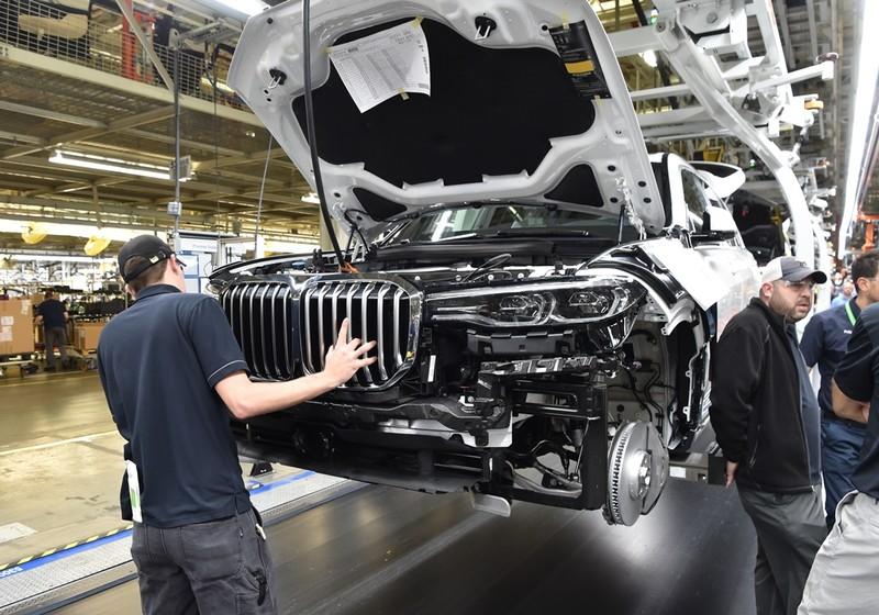 《BMW X7》首批試裝車下線 原廠再釋局部廠照預告2018登場