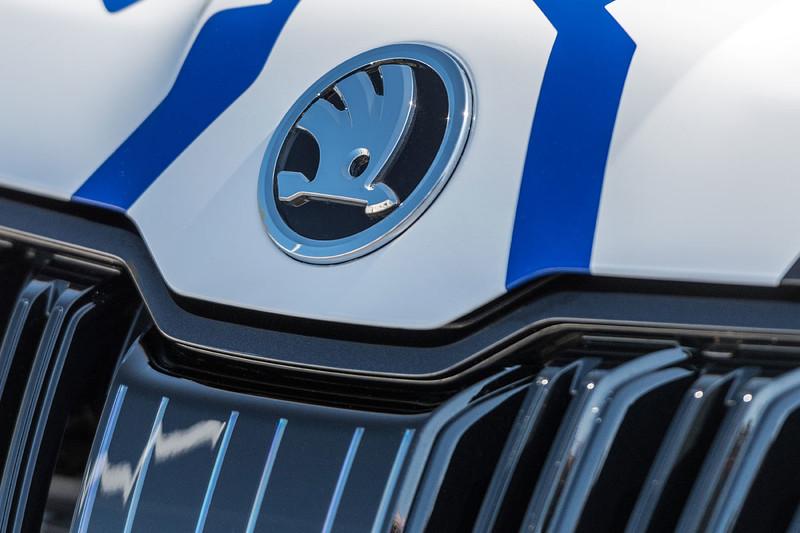 確定就是《Kodiaq RS》 《Škoda》預告2018年巴黎車展發表
