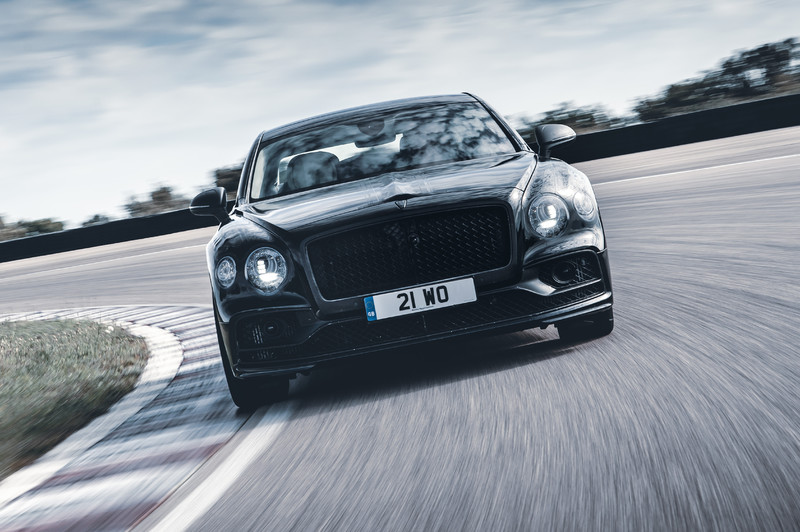 《Bentley》釋出實車照與影片 新世代《Flying Spur》確認6月11日全球首發