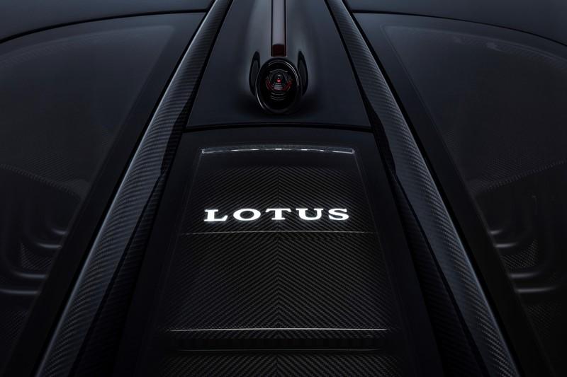 電動蓮花現身 《Lotus Evija》終極超跑喊出2,000匹馬力目標輸出