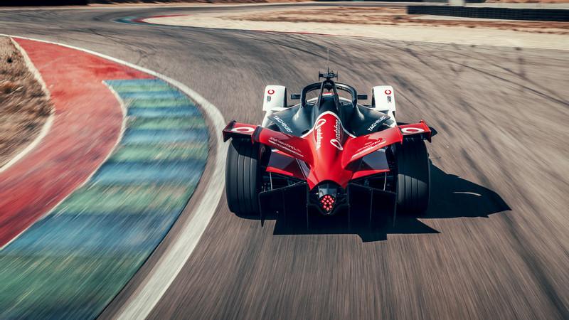 從航母上的彈射加速到《Formula E》賽場 《Porsche》電力來勢洶洶