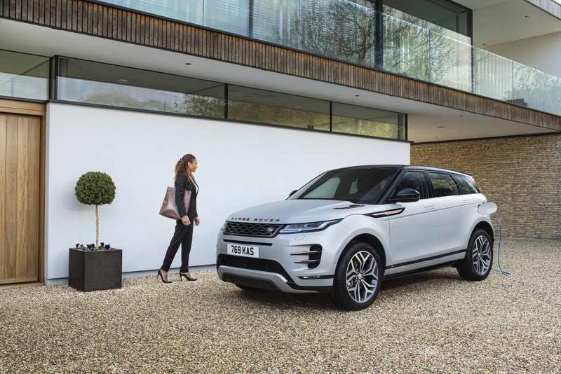 綜效馬力309匹《Land Rover Discovery Sport》攜手《Range Rover Evoque》追加PHEV動