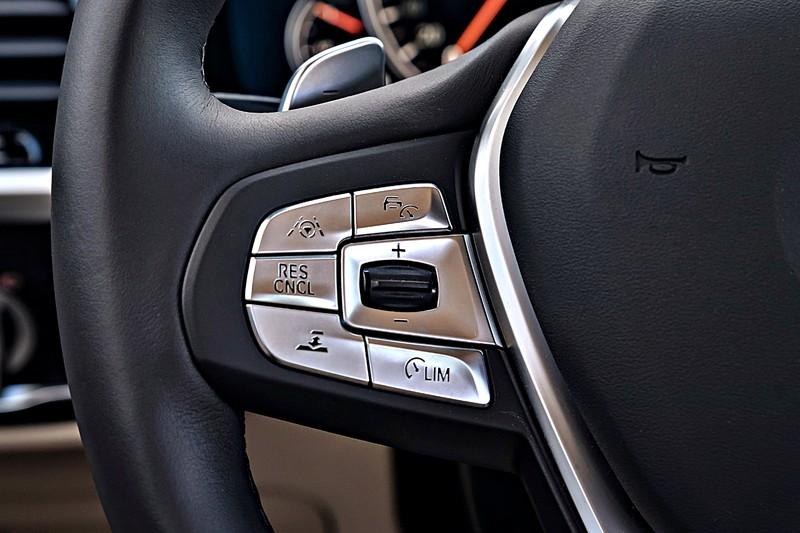 《Lexus NX》 meets 《BMW X3》 價差5萬元的選擇?