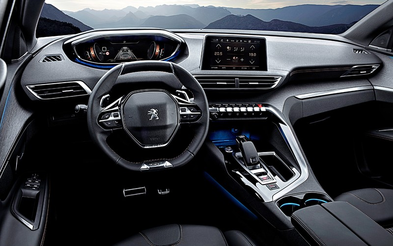 「選車東西軍」之《Peugeot 3008》或《VW Tiguan》? 價差2萬元!該選法式浪漫還是德系嚴謹?