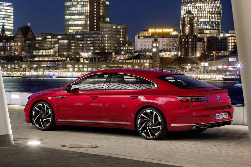 小改款《Volkswagen Arteon》推出獵跑、油電及R性能車型 台灣爭取年底前導入