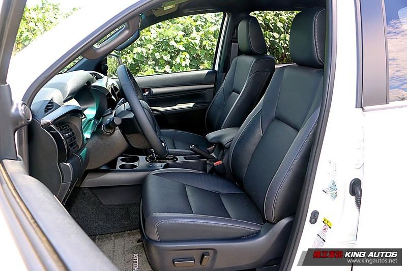 《Toyota Hilux》 小改款試駕︱ 這樣改、才對味!