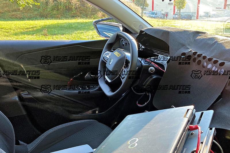 下一代《Peugeot 308》全球首度捕獲! 預計2021下半~2022掛上全新廠徽亮相!