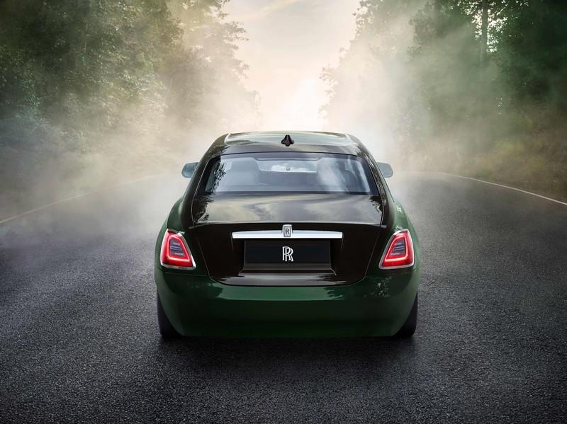 《Rolls-Royce Ghost Extended》長軸版 勞斯萊斯 鬼魅|後座空間超越《Phantom  幻影》
