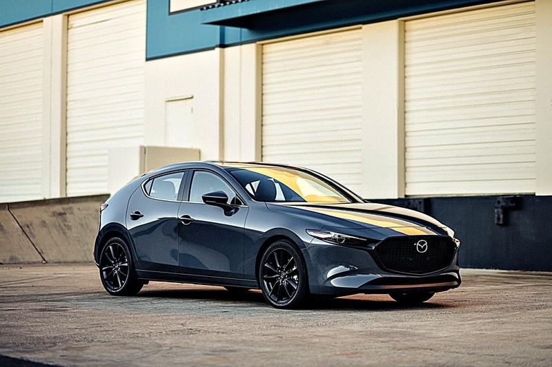 2020年9月《進口一般品牌銷售排行》!《RAV4》依然遙遙領先稱霸!《Mazda3 4D/5D》強勢攻佔第2位!《Odyssey