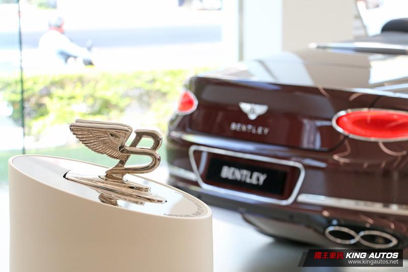 向勞斯萊斯看齊?《Bentley》曝:2030年前所有車款純電動!