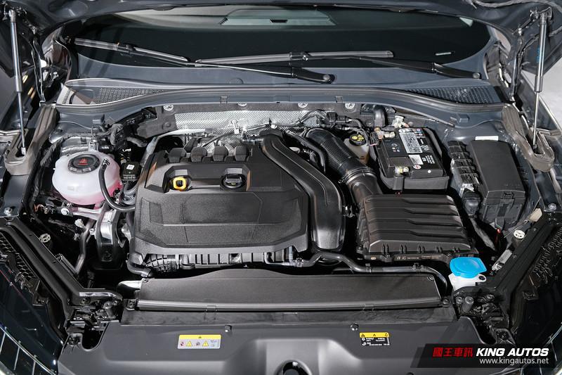大家久等了!小改款《Škoda Superb / Superb Combi》正式開賣、年底前下訂再減3萬