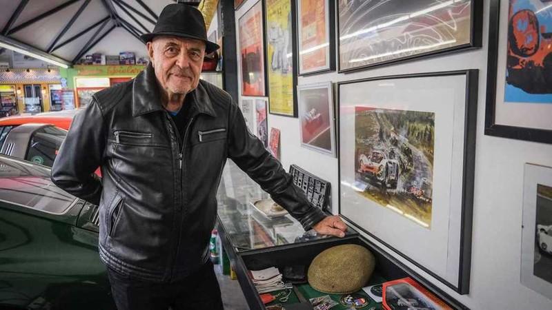 誰能比他更愛保時捷!80歲車主買下人生中的第80輛 接下來將購入《Cayenne》?