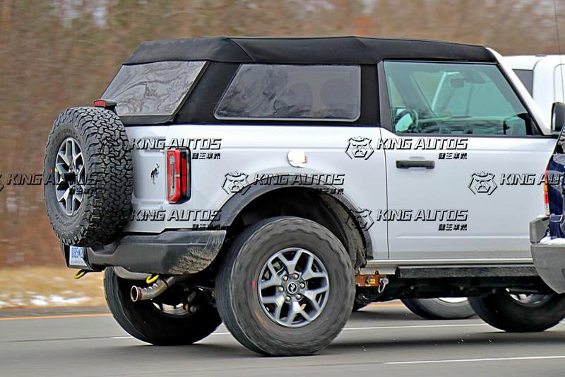 可愛復古帥氣!《Ford Bronco Fastback Soft top》三門軟篷版準備亮相