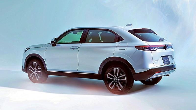 難道要變7人座?全新《Honda CR-V》首度現身 尺碼放大、軸距還拉長