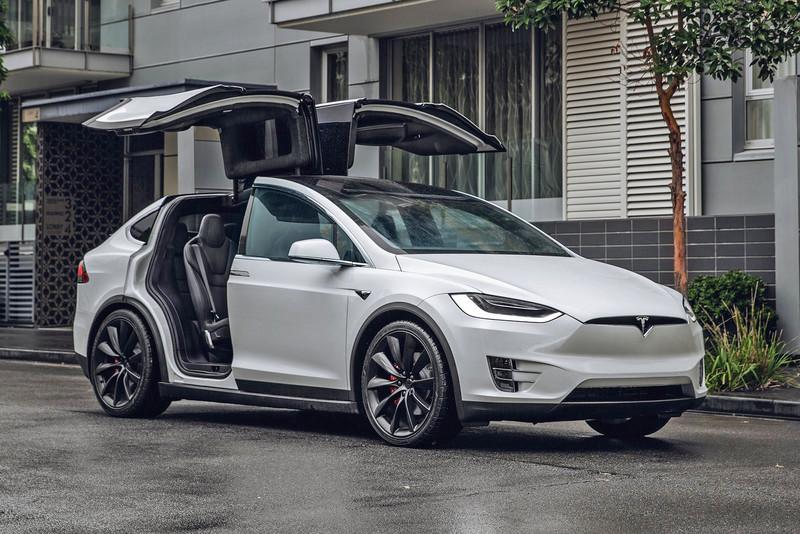 2021年2月進口豪華品牌銷售排行《Tesla Model 3》得冠軍!GLA力壓《GLC》?都亂了!