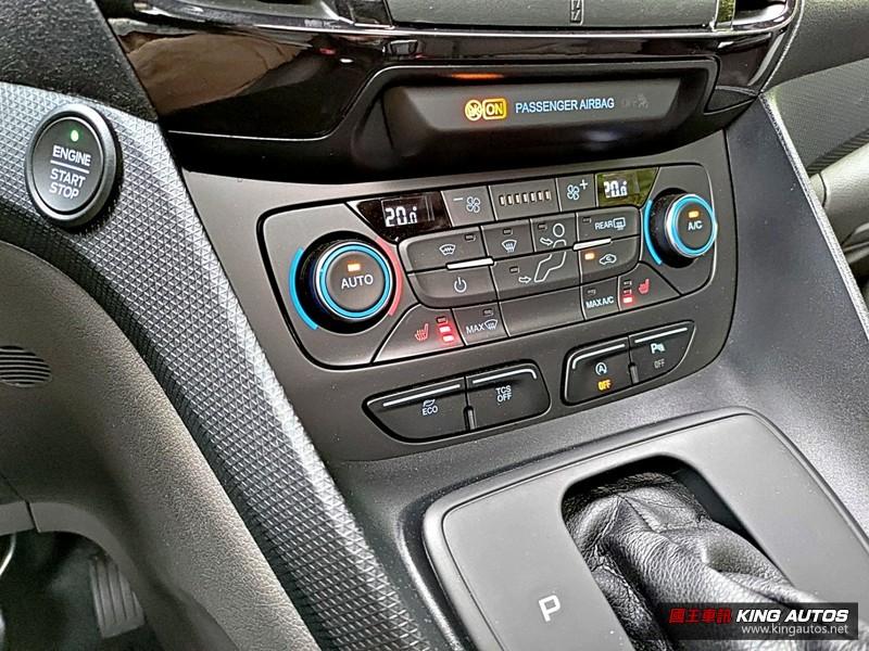 《Ford Tourneo Connect》玩咖版試駕︱獨樂樂也可、眾樂樂也行,還有完善安全配備!