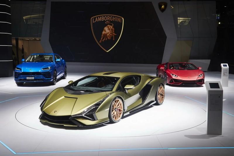 《Lamborghini》邁入油電世代 |《Aventador》後繼車款與小改款《Urus》將推出混動車款