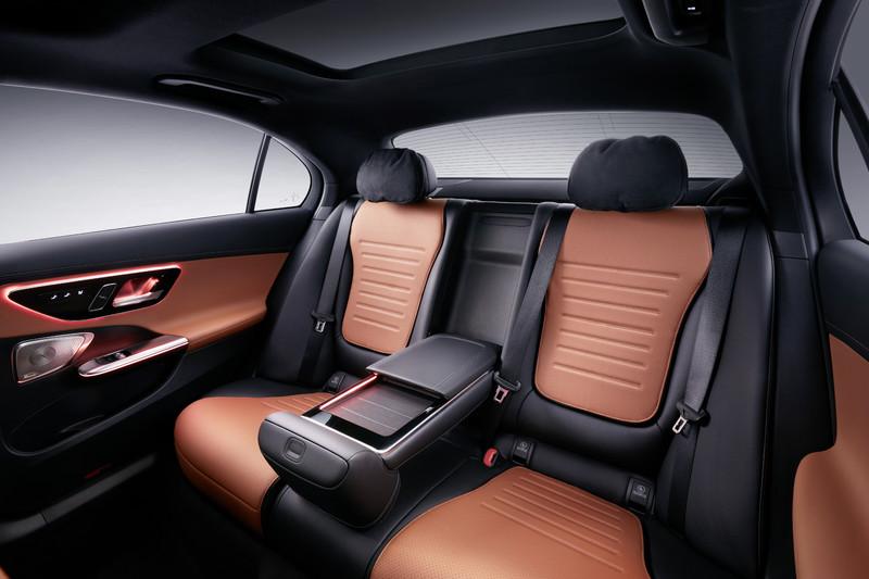 新世代《Mercedes-Benz C-Class》推出長軸版︱車長增加13公分、後座幾乎跟S-Class一樣舒服