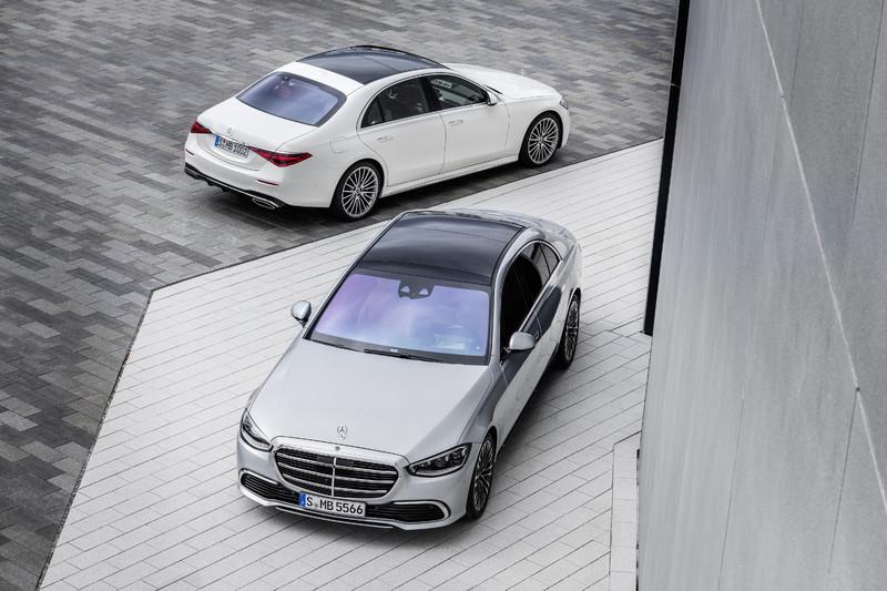《Mercedes-Benz S-Class》奪下本屆世界最佳豪華車大獎 搭載V12引擎Maybach S-Class預計年底登場