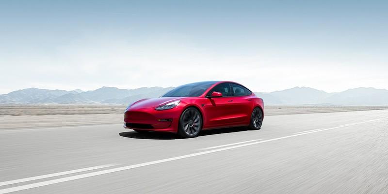 2021年式《Tesla Model 3》開放線上訂車 六月底前交車可加購壁掛式充電座