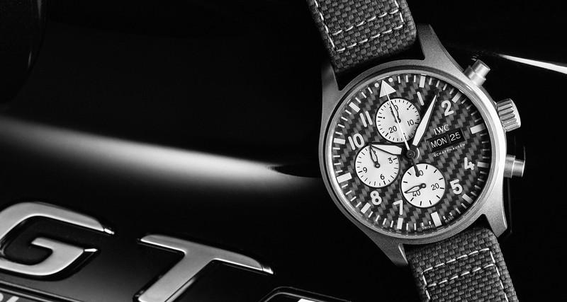 鈦合金+碳纖維!萬國錶《IWC》推出《AMG》飛行員計時腕錶