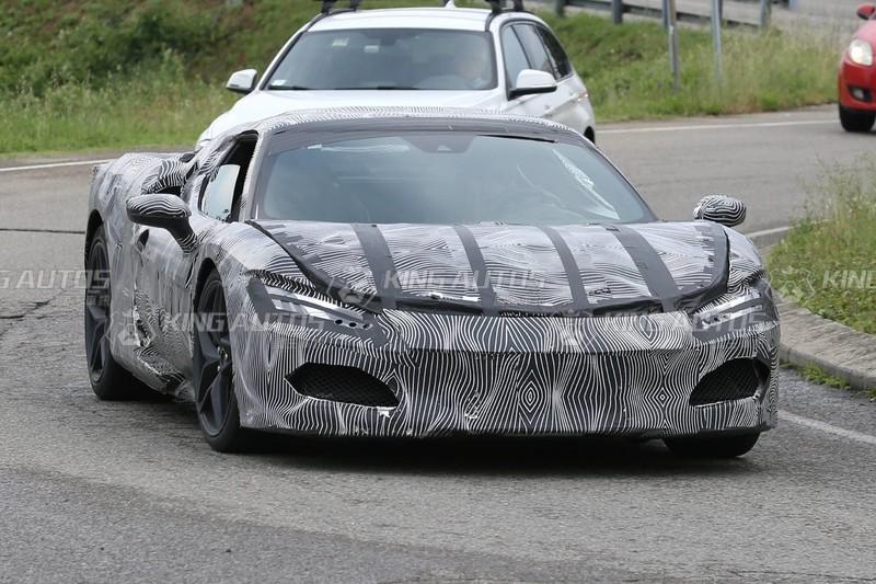 《Ferrari》即將發表的全新超跑曝光!可能搭載3.0 V6油電動力、輸出超過700匹