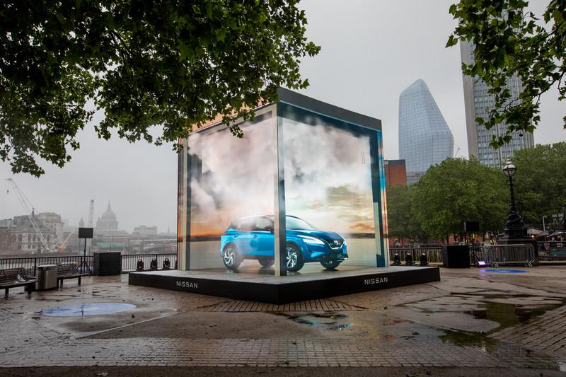 超酷3D廣告!《Nissan Qashqai》雙電視牆的驚奇創意
