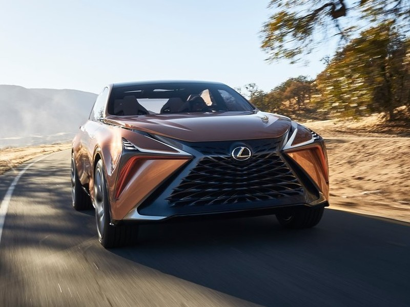 美國上半年豪華品牌銷售冠軍曝光|《GLE》《GLC》賣翻依然被逆轉?Lexus多虧有《RX》?