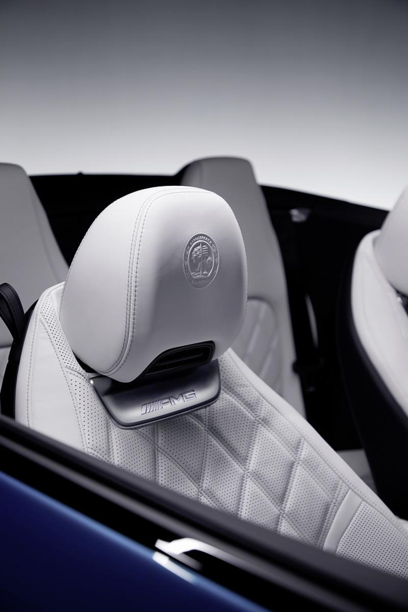 大改款《Mercedes-AMG SL》變身4座敞篷車 中控螢幕角度可調最貼心