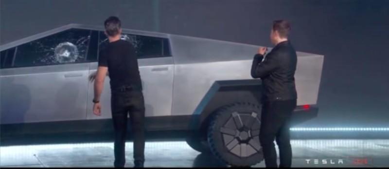 純電皮卡《Tesla Cybertruck》可能失敗告終?Musk罕談:有風險!透露維持原型車設計微調2配備