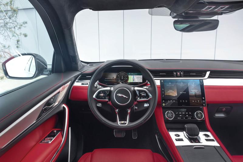 燈組更迷人 質感更上乘《Jaguar F-Pace》小改款 線上發表