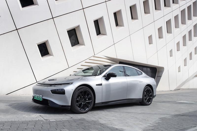 再生能源是《電動車》的金鑰匙?充電站密度更關鍵!哥斯大黎加99%綠能發電卻踢到鐵板