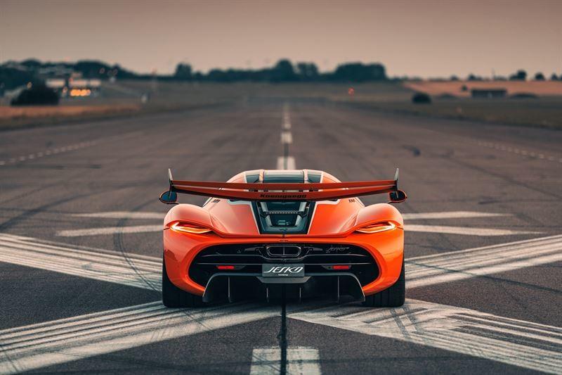 挑戰地表最速市售車 售價8,400萬元起《Koenigsegg Jesko》極速500km/h 想榨出1,600匹最大馬力得用這款