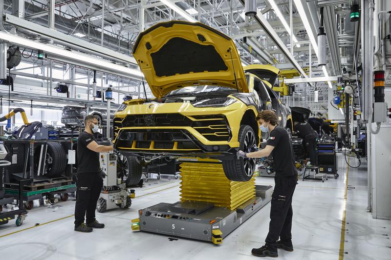 創品牌紀錄《Lamborghini Urus》三年產量破1.5萬輛 訂單排到明年4月 嘉鎷年銷售目標為100台