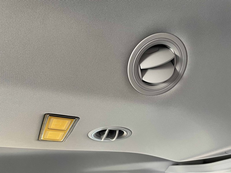 商旅MPV評比《Volkswagen Caddy Maxi》更適露營車床《Ford Tourneo Connect旅玩家》經濟實惠