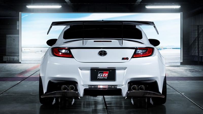 換TRD示範《Toyota GR 86》怎麼改!空力寬體外加大尾翼、GR改裝部品同步公開