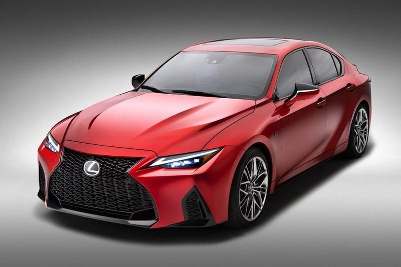 《BMW M3》對手登場!《Lexus IS 500 F Sport Performance》搭載5.0升V8引擎 比你想得更帥更
