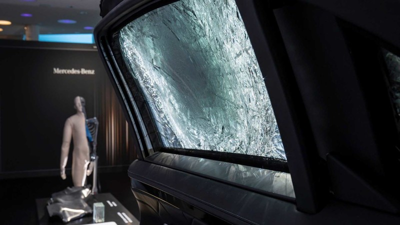 為擋子彈而生《Mercedes-Benz S680 Guard 4Matic》防彈車 重4.2頓 6.0升V12雙渦輪引擎拖得動嗎